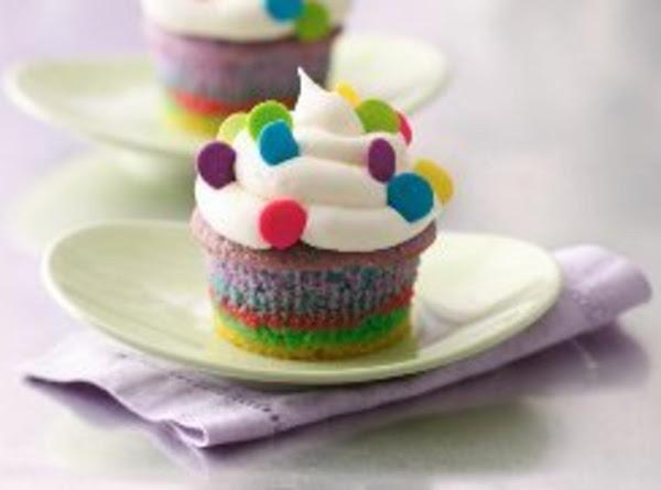 Somewhere Over The Rainbow Cupcakes Recipe