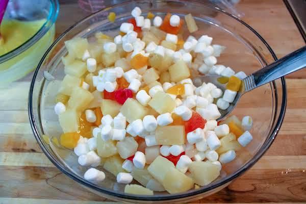 Family Favorite 24 Hour Fruit Salad