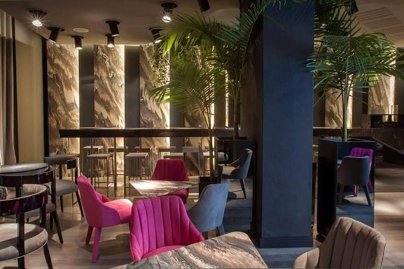 Casa FOA 2016: Cafetería by Caesarstone - Gustavo Yankelevich y Máximo Ferraro