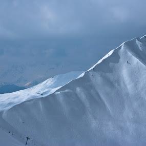 Slide by Mirna Abaffy - Landscapes Mountains & Hills ( wild, mountain, winter, nature, snow, snowbording, sport, landscapes )