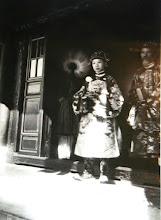Photo: Trang phục thái tử Khải Định trong ngày lễ
