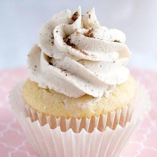 Easy French Vanilla Cappuccino Cupcakes.