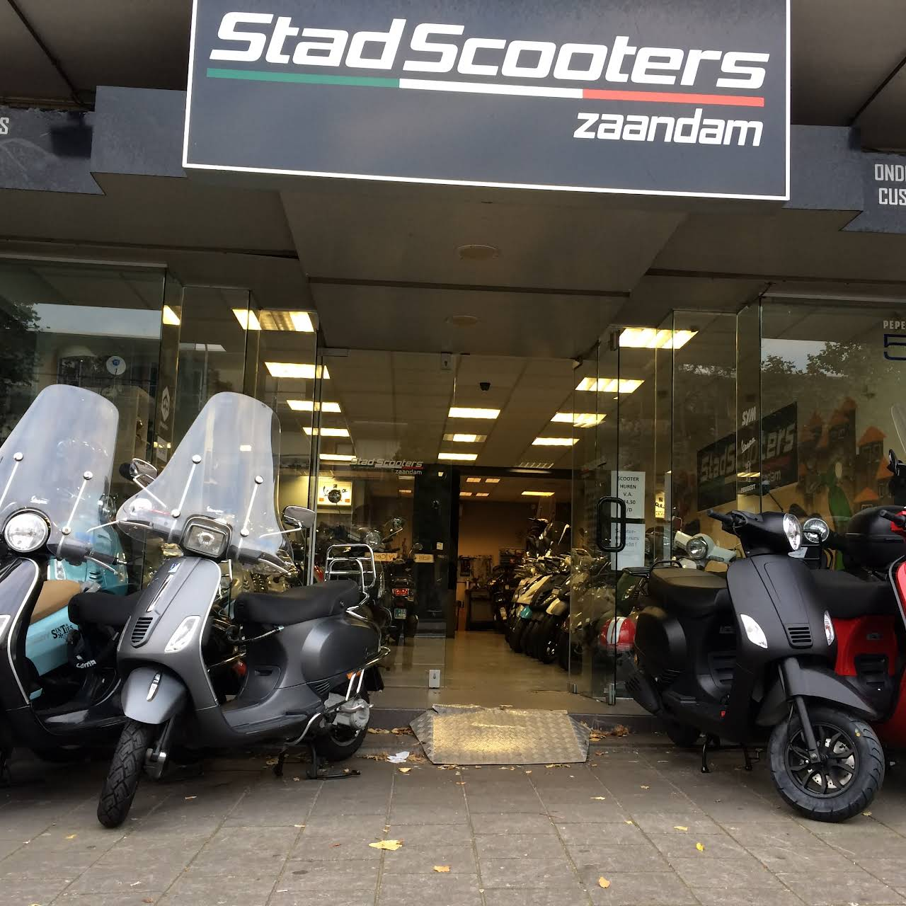 Nieuw Stadscooters Zaandam - Scooterwinkel in Zaandam IL-85