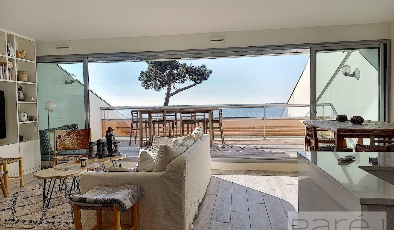 Appartement avec terrasse en bord de mer Pyla plage