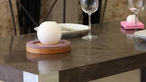 mobilier béton ciré sur-mesure design contemporain par Les Bétons de Clara la boutique du mobilier design en béton ciré sur-mesure