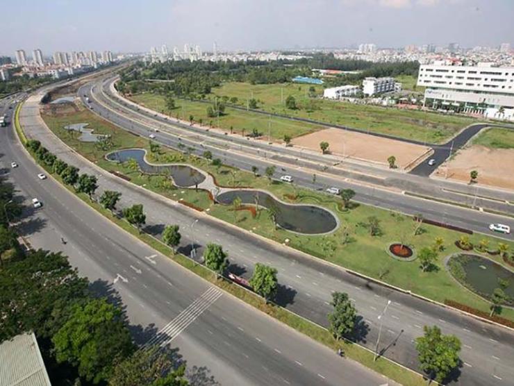 Vị trí nằm ngay trên đại lộ Nguyễn Văn Linh