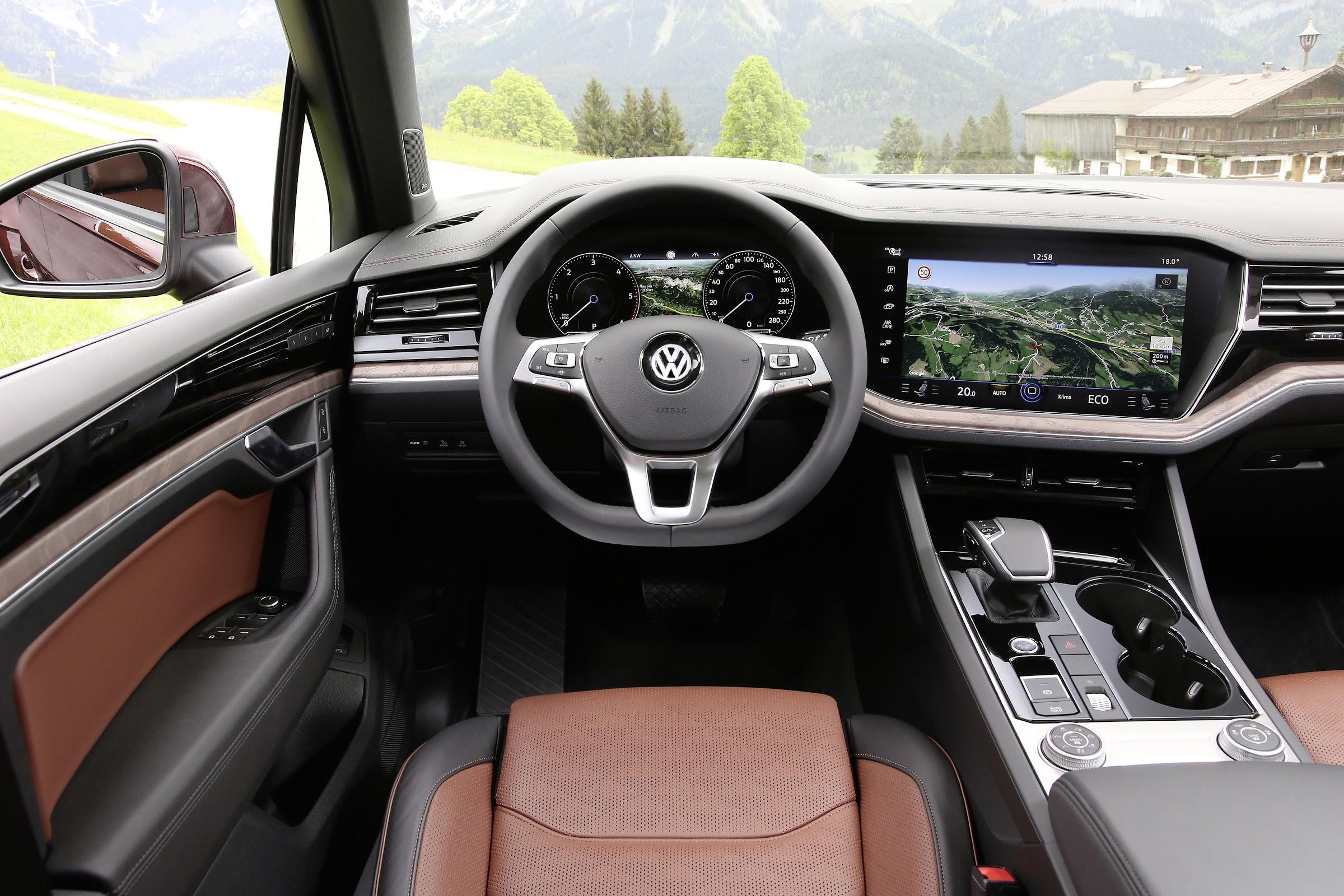q 8dJngCpqSFkpHBaCDpadRcs4FDtH3j5HIlrmxK ZM vIIV UMzZj3Kk7wMaeBqRHqnKzyR7IlpG5qPPowqC5dQjniJYQwrNhFFita0FqrnKtaqrgkWTiKhEIcBTH5zdVT W1MwpA=w2400 - El nuevo Volkswagen Touareg desde 65.000 euros
