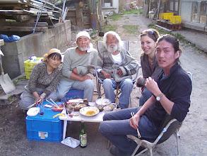 Photo: 2008.5 大鹿村・アキ/寿満子宅庭でバーベキュー