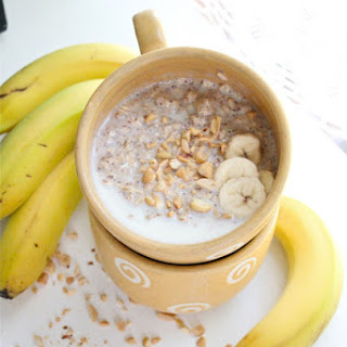 Peanut Butter And Banana Breakfast Oatmeal