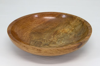 "Photo: Gary Guenther 7 1/4"" x 1 7/8"" bowl to hold spin tops [spalted red oak burl]"