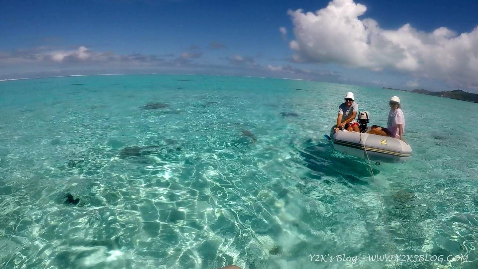 """Con gli amici di """"Cap-a-cap"""" in attesa degli squali - Bora Bora"""