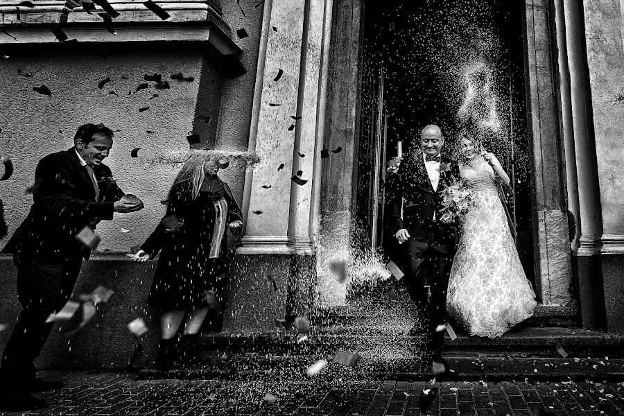 Wedding photographer Claudiu Negrea (claudiunegrea). Photo of 22.11.2016