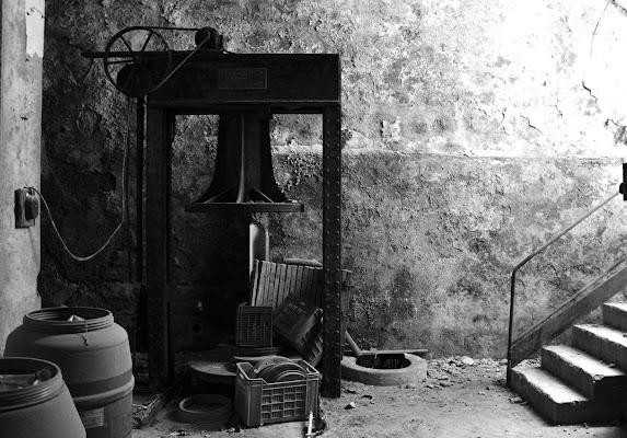 Torchio, ex cantina vinicola. di ire_good