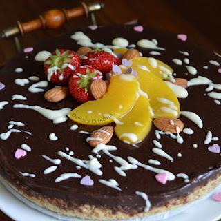 Salty chocolate ganache tart/ Tarta cu ganache de ciocolata si blat sarat.