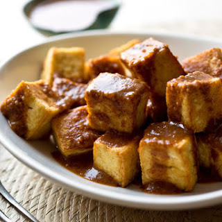 Tofu With Peanut-Ginger Sauce