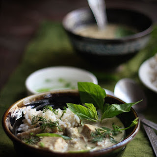 Tofu & Mushroom Thai Green Curry (Vegan)