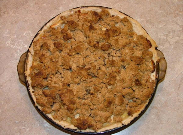 Peanut Butter Crumble Topped Apple Pie Recipe