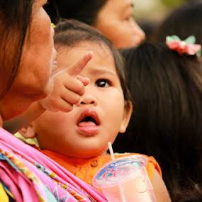another meal :-D by Agus Aktawan - Babies & Children Children Candids