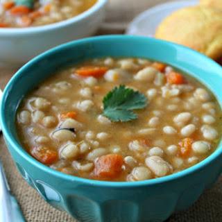 Slow Cooker Navy Bean Soup Recipe