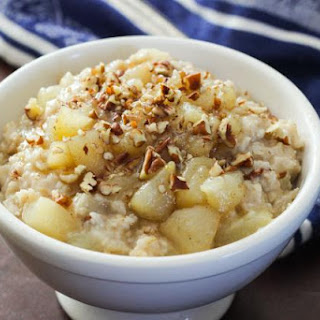 Gluten-Free Oatmeal with Maple Cardamom Pears