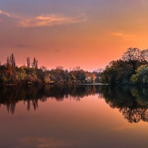 Colors of sunset on Herastrau Park (Baneasa part)..jpg