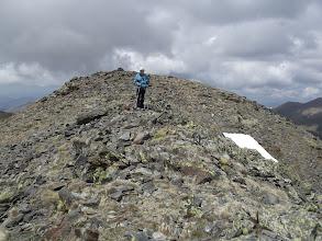 Photo: Baixant del Cim de la Roca Blanca, camí del Cim Baix de les Arques