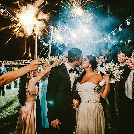 Fotógrafo de bodas Franklin Gonzalez (franklingonzame). Foto del 12.12.2018