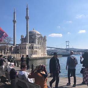伝統的なトルコの餃子マントゥをイスタンブールの景勝地オルタキョイ「マントゥ・エヴィ」で味わう