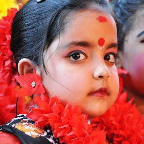 The Child by Prabir Sen - Babies & Children Child Portraits ( child, candid, india, celebration, portraits, dance, culture )