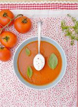 Photo: Crema de tomate/http://milhojas-elblogderosa.blogspot.com.es/2013/06/crema-de-tomate-aromatica.html/Rosa M Iglesias/Española/AF-S Nikkor 18-55 mm