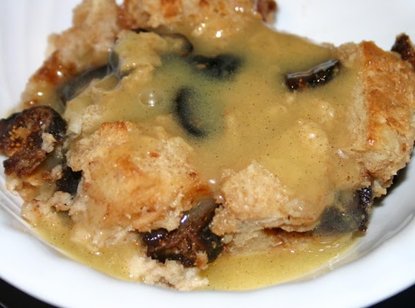 Amaretto Fig Bread Pudding W/vanilla Bean Sauce Recipe