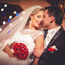 Wedding photographer Aleksandr Tikhonov (Amok). Photo of 29.03.2014
