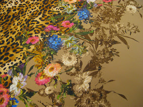 Photo: Ткань :Матовый атлас стрейч натуральный шелк ш.140см. цена 4000руб.