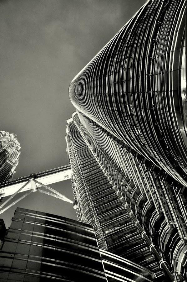 by Kwok Sioe Djoen - Buildings & Architecture Office Buildings & Hotels ( tower, petronas, white, black )