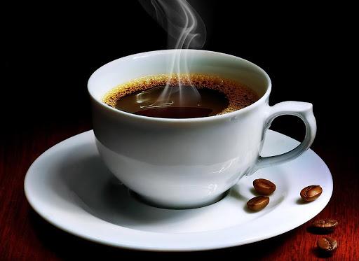 Sử dụng máu kinh nguyệt cho vào cà phê để chồng không phát hiện
