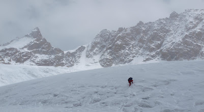 Photo: Kang La 5400m. Blizzard and a gap in the white out. Hard ice, snow covered slots and idiots with no rope...