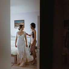 Wedding photographer Miroslava Velikova (studioMirela). Photo of 29.09.2018
