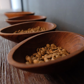 Bean by Beh Heng Long - Artistic Objects Cups, Plates & Utensils ( coffee )