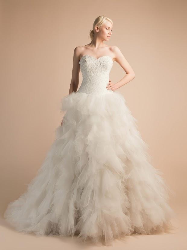 Robe de mariée Adèle, robe de mariée princesse, mouchoirs de tulle, dentelle perlée de cristal
