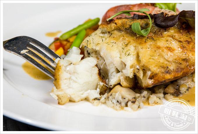 貝隆餐廳-愛玩客推薦-龍膽石斑魚佐蟹膏白酒醬
