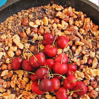 Cherry Vanilla Skillet Baked Oatmeal