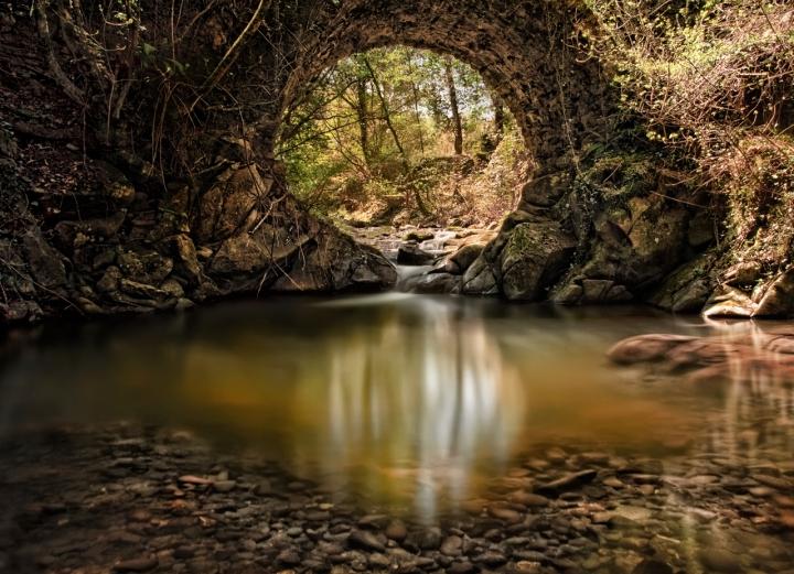 The golden hole di Samuele Tronchi