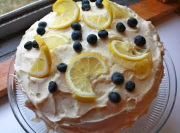 Lovely Lemon Buttercream Cake with Blueberries