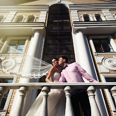 Wedding photographer Kirill Otinov (KDELUXE). Photo of 30.09.2014