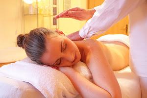 Massage bien-être en chambres d'hôtes l'Esclériade en Provence