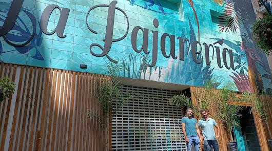 Arte y hostelería marca Almería revolucionan la calle San Francisco