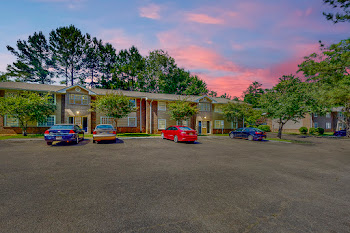 Go to Southbrook Gardens Apartments website