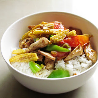 Stir Fried Chicken with Baby Corn and Capsicum