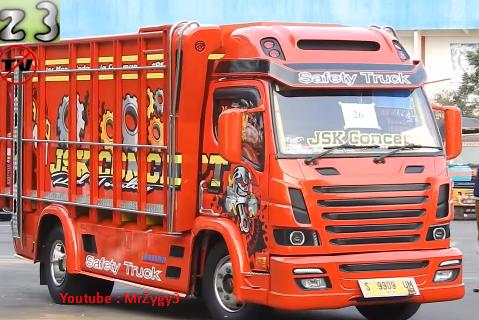 gambar truk canter