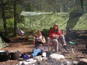 Photo: Astrid und Barbara beim Essen